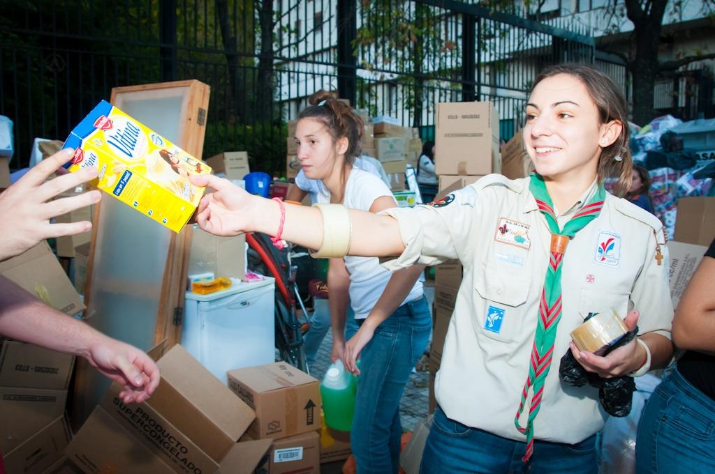 Miles de voluntarios celebran el Día del Scout